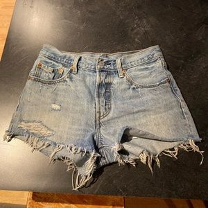 Levi's 501 Distressed Shorts- LIKE NEW!